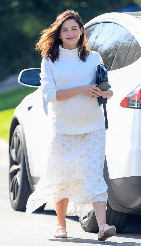 Jenna Dewan - All in white heads out in Los Angeles