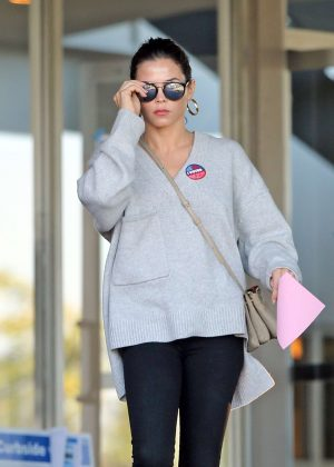 Jenna Dewan at polling station in Los Angeles