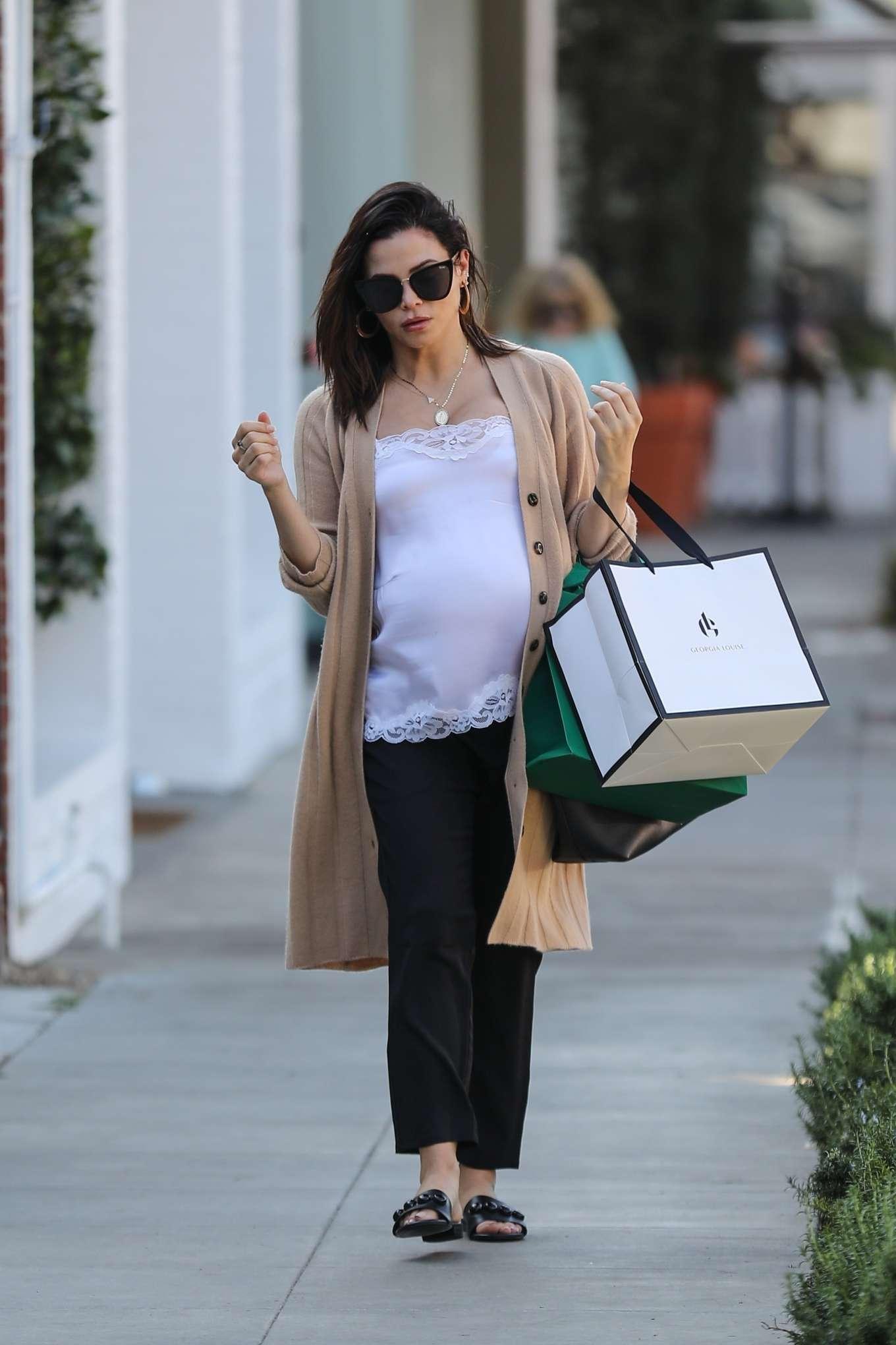 Jenna Dewan goes on a shopping spree in West Hollywood