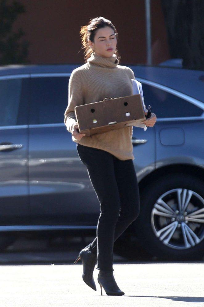 Jenna Dewan in Black Jeans -01
