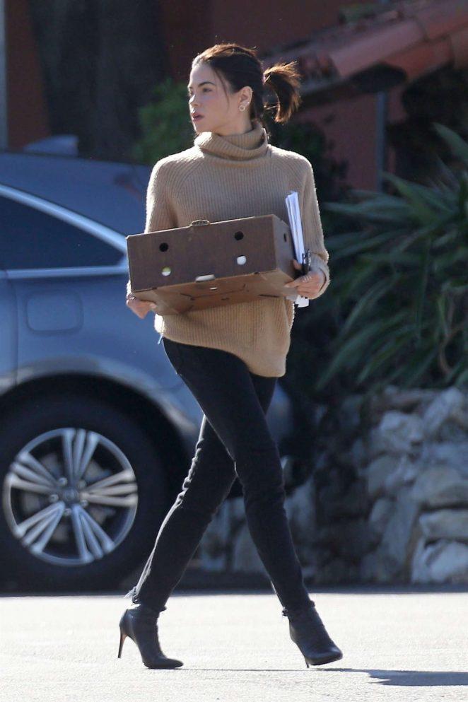 Jenna Dewan in Black Jeans -08