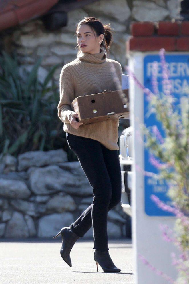Jenna Dewan in Black Jeans -09