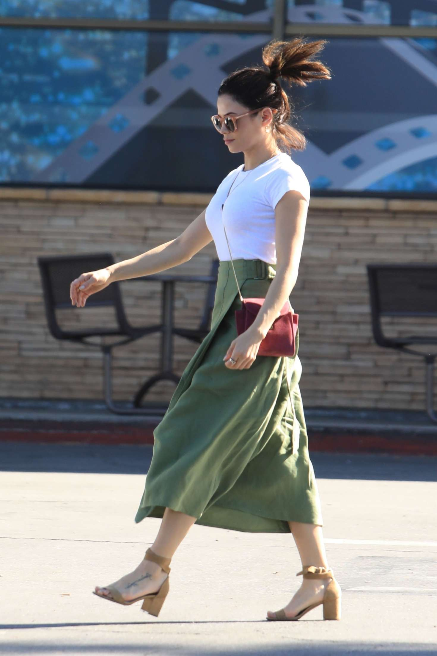 Jenna Dewan 2019 : Jenna Dewan in Green Skirt -02