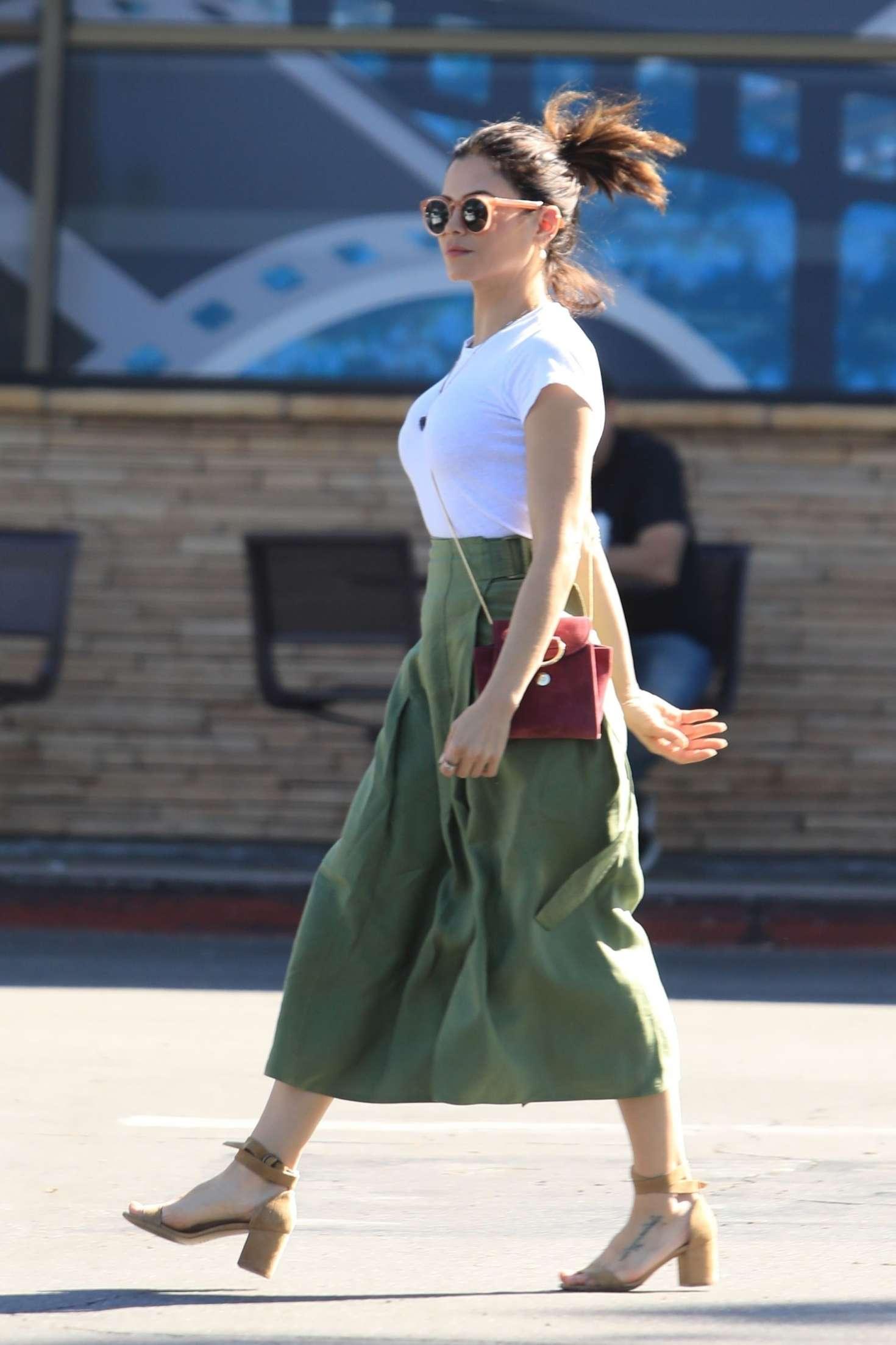 Jenna Dewan 2019 : Jenna Dewan in Green Skirt -03