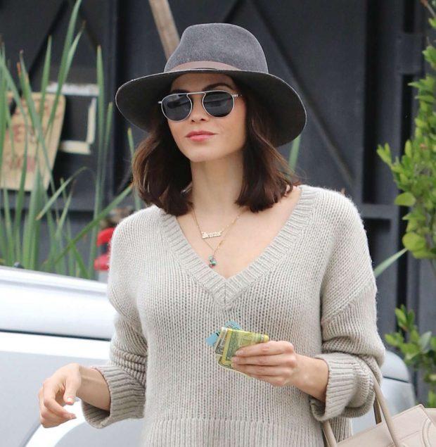 Jenna Dewan 2019 : Jenna Dewan in Jeans and Hat -03