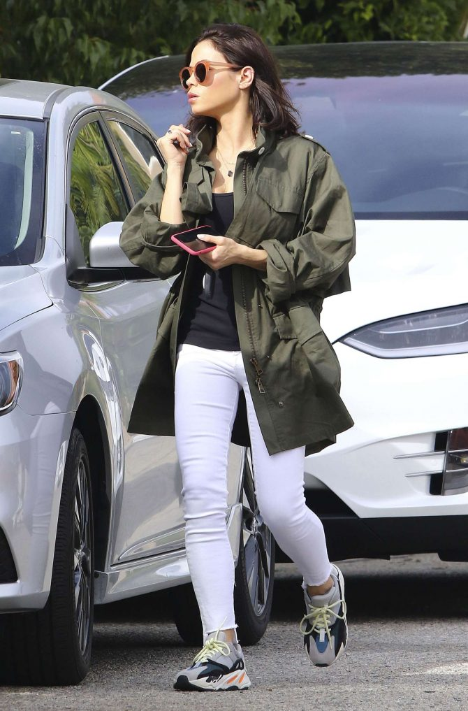 Jenna Dewan in White Jeans - Out and about in LA