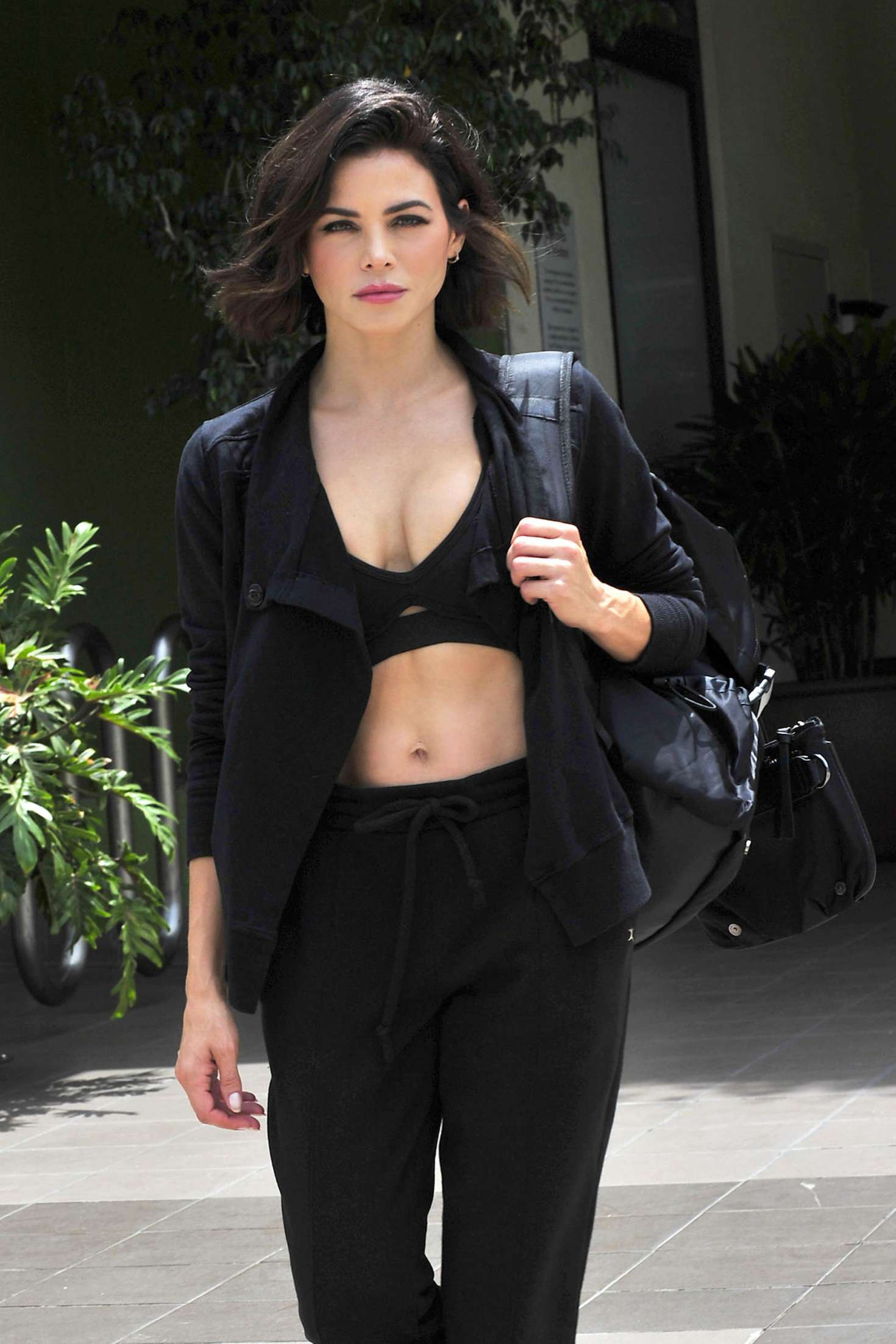 Jenna Dewan 2018 : Jenna Dewan: Leaving a workout class in LA -02
