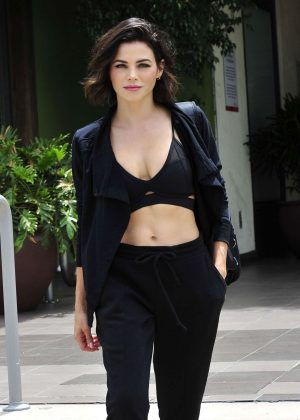Jenna Dewan - Leaving a workout class in LA