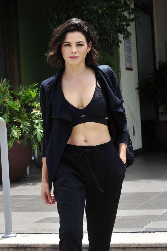 Jenna Dewan 2018 : Jenna Dewan: Leaving a workout class in LA -04
