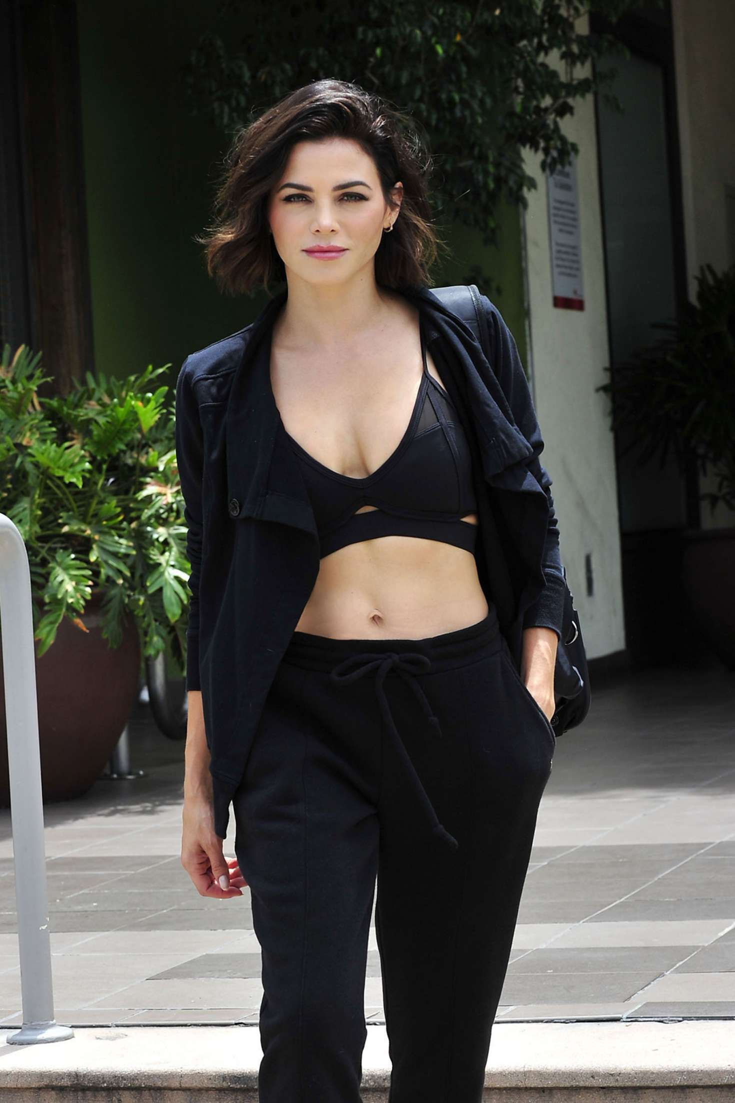 Jenna Dewan 2018 : Jenna Dewan: Leaving a workout class in LA -04