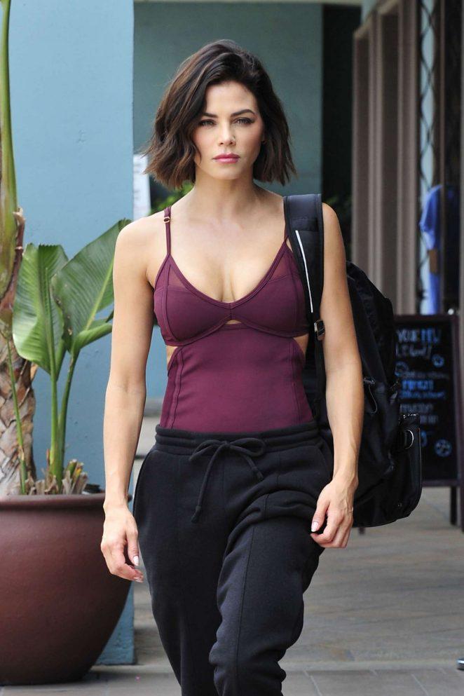 Jenna Dewan - Leaving a workout class in Los Angeles