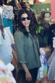Jenna Dewan - Shopping in Beverly Hills