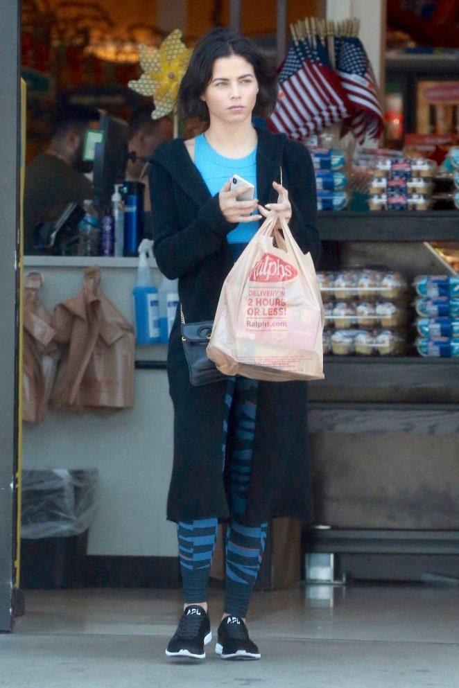 Jenna Dewan - Shopping in Studio City