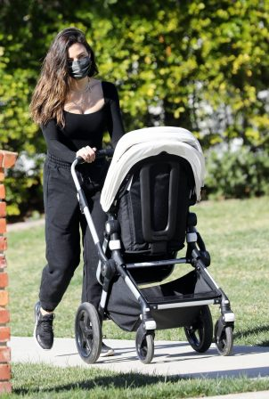 Jenna Dewan - Steps out for a walk with her baby boy Callum in Los Angeles