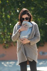 Jenna Dewan - Takes baby Michael out for an afternoon walk in Los Angeles