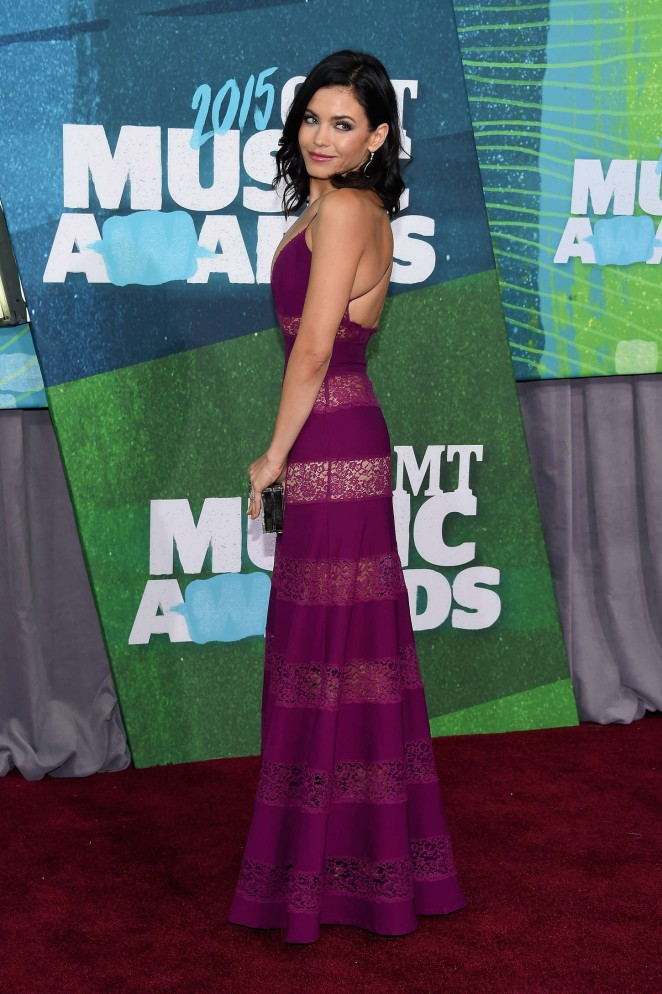Jenna Dewan Tatum: 2015 CMT Music Awards -01