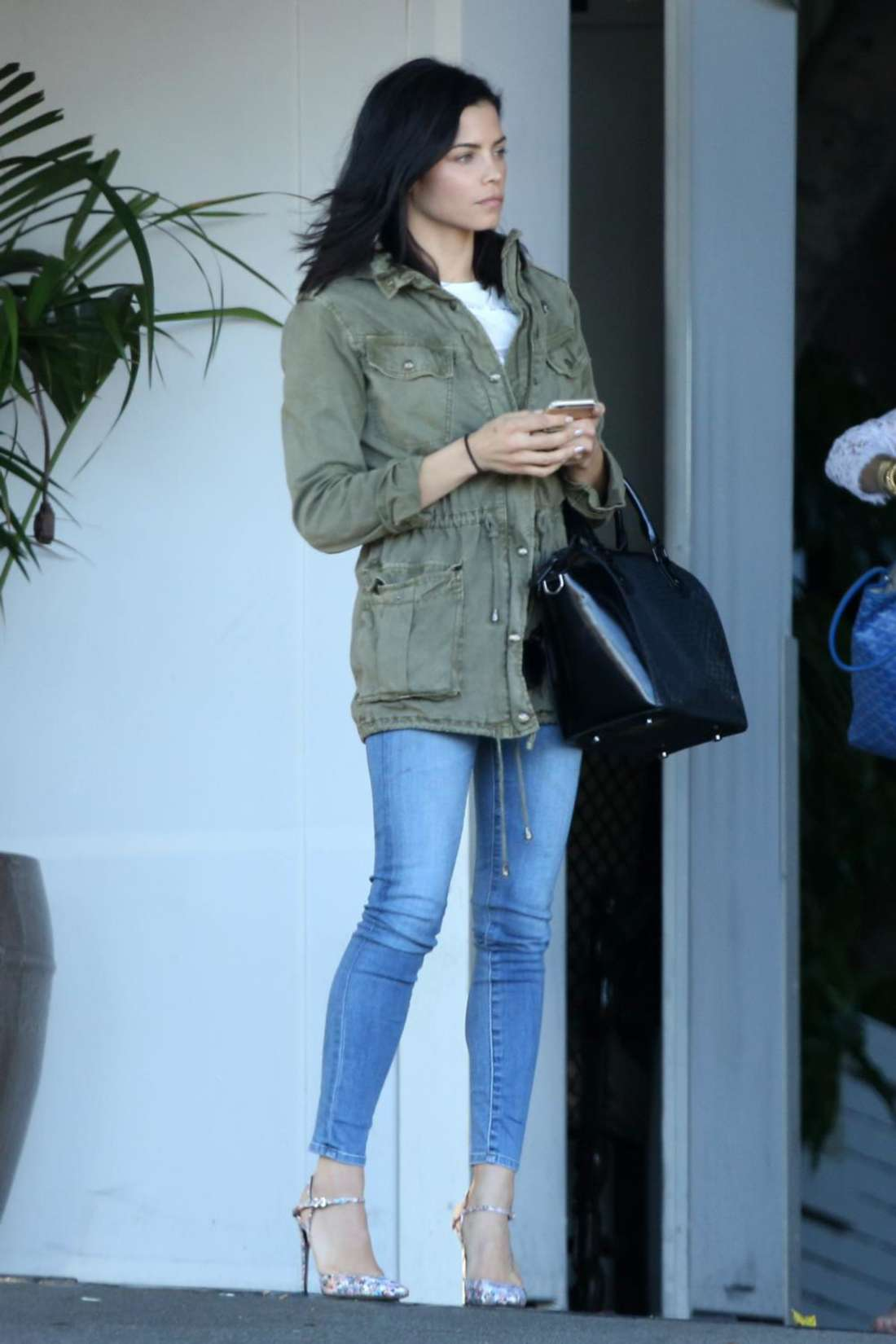 Jenna Dewan Tatum in Skinny Jeans at Chateau Marmont in Hollywood