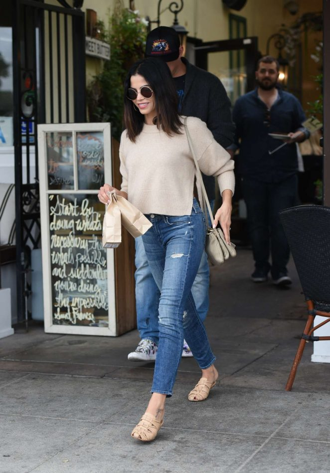Jenna Dewan Tatum at Sweet Butter in Sherman Oaks
