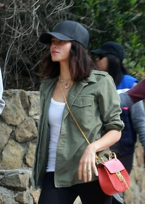 Jenna Dewan Tatum having breakfast in Los Feliz