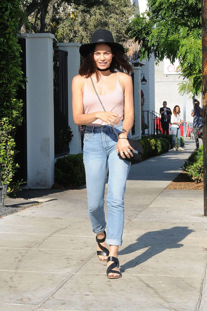 Jenna Dewan Tatum in Jeans and Hat out in Los Angeles