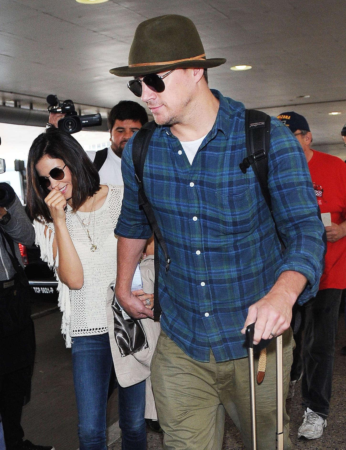 Jenna Dewan Tatum 2015 : Jenna Dewan Tatum: LAX airport -04