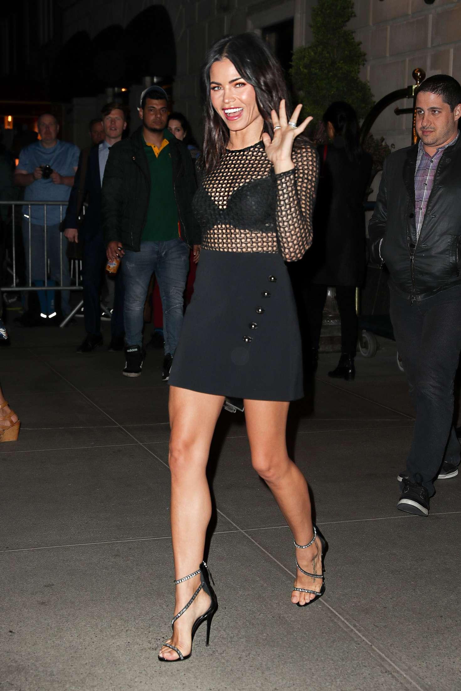 Jenna Dewan Tatum 2017 : Jenna Dewan Tatum Leaving her hotel -04