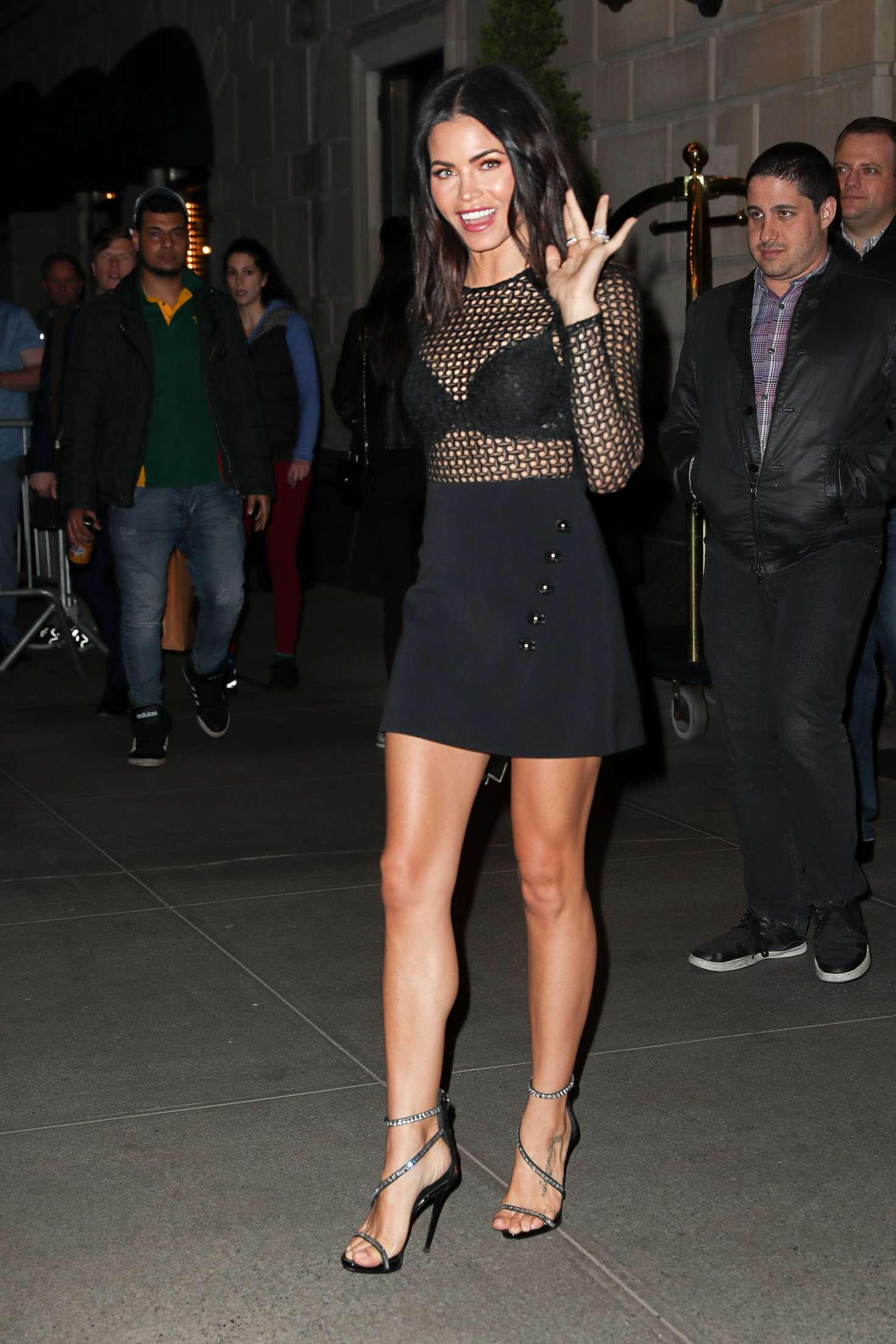 Jenna Dewan Tatum 2017 : Jenna Dewan Tatum Leaving her hotel -05