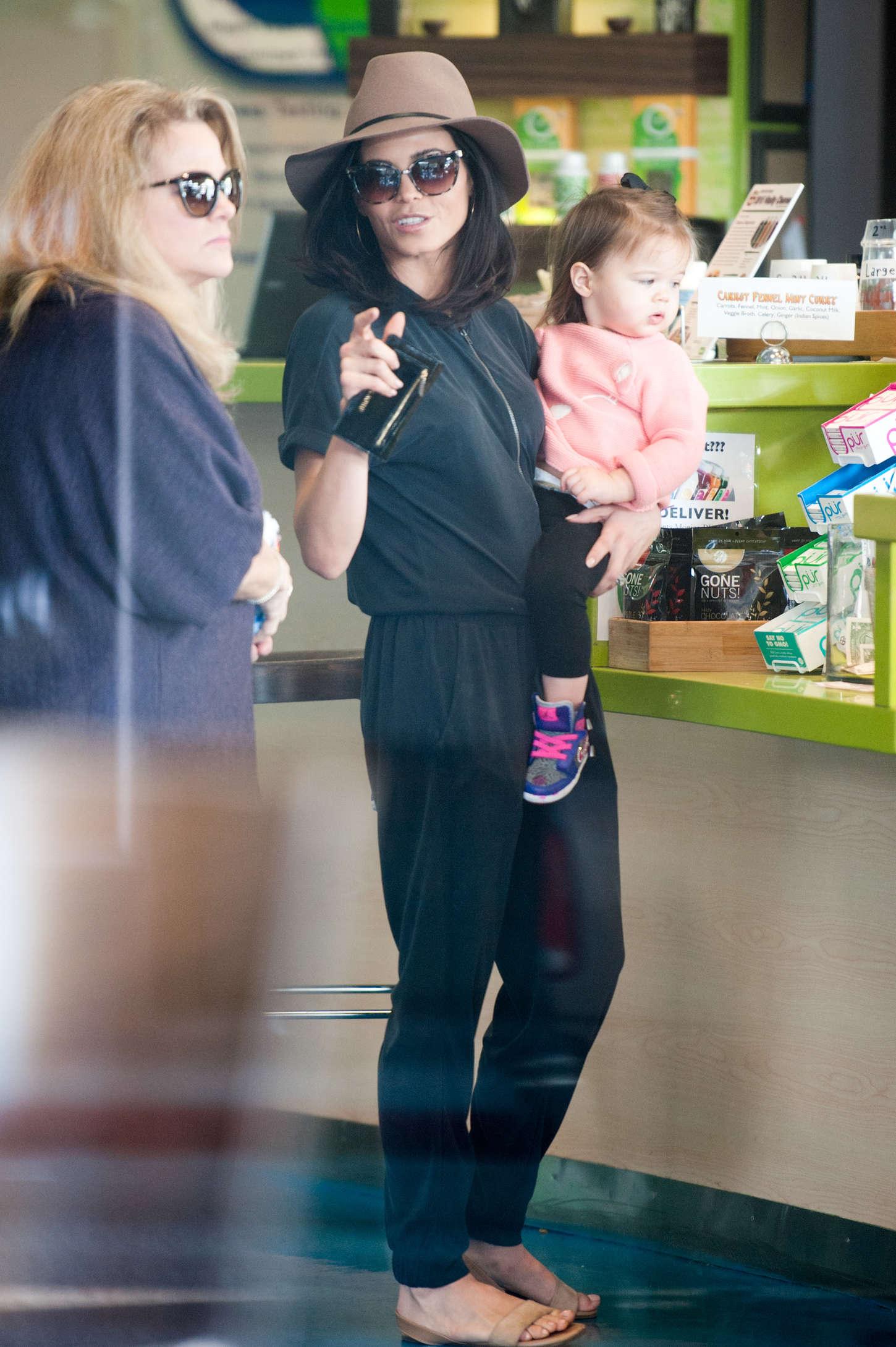 Jenna Dewan Tatum 2015 : Jenna Dewan Tatum Out in LA -01