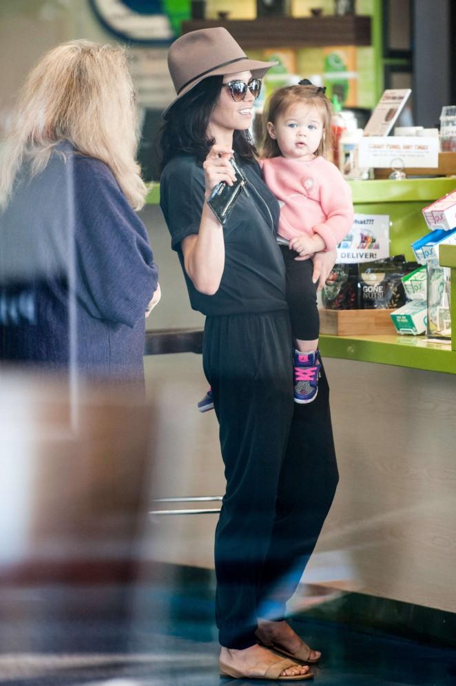 Jenna Dewan Tatum Out in LA -03