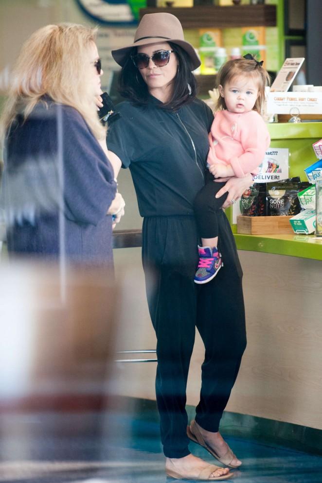 Jenna Dewan Tatum 2015 : Jenna Dewan Tatum Out in LA -11