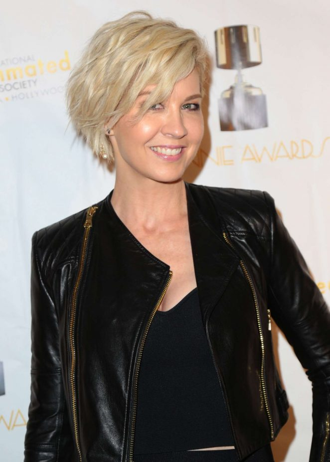 Jenna Elfman - 44th Annual Annie Awards in Los Angeles
