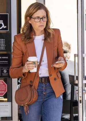 Jenna Fischer in Jeans - Out and about in Los Angeles