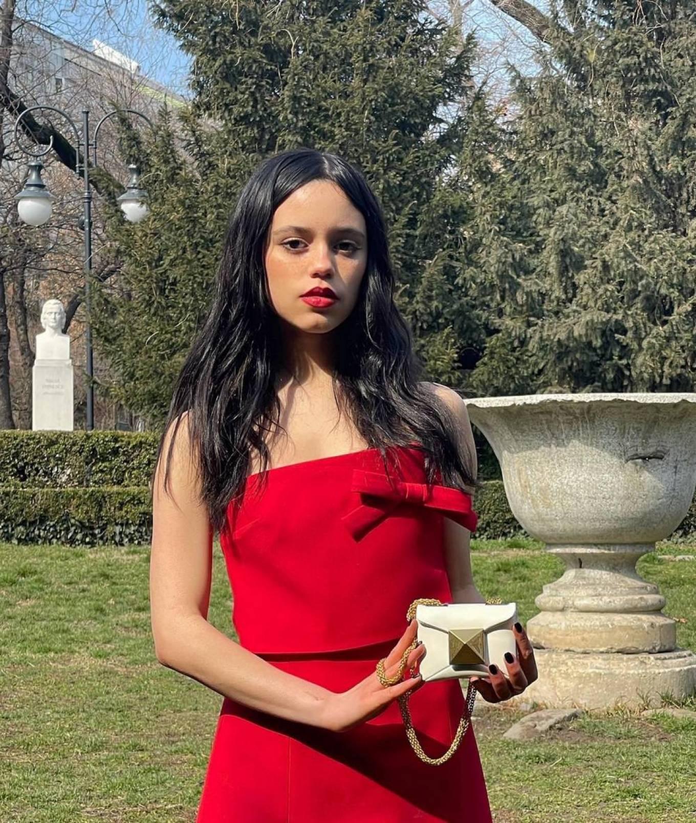 Jenna Ortega 2020 : Jenna Ortega – Social media-13