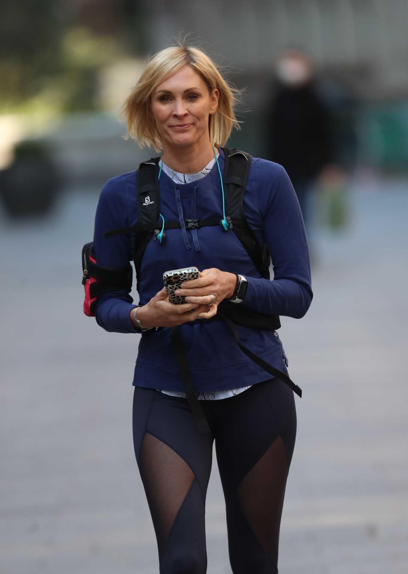 Jenni Falconer 2020 : Jenni Falconer in Tights – Goes for jog in London-02