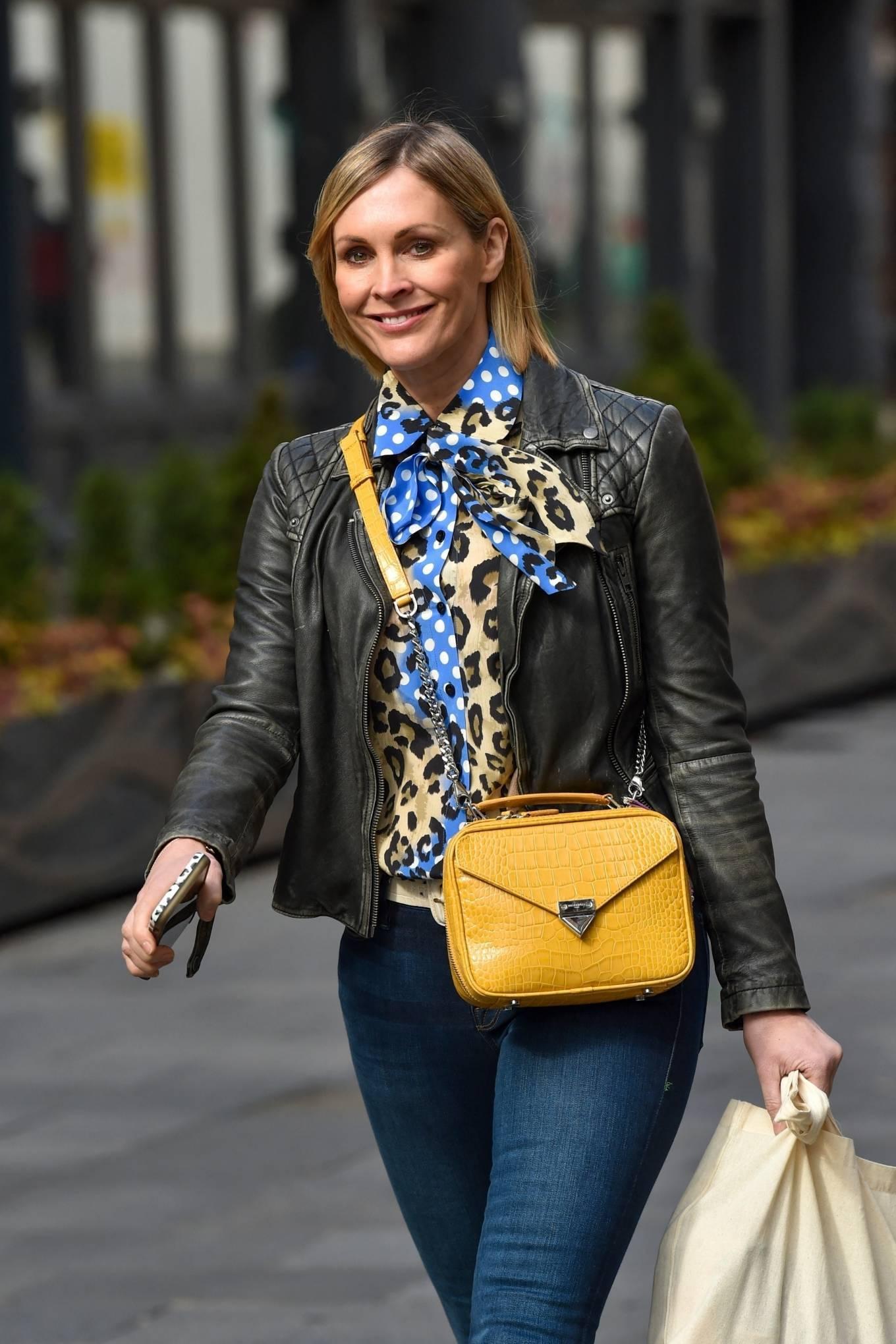Jenni Falconer 2021 : Jenni Falconer – Pictured leaving the Global studios -01