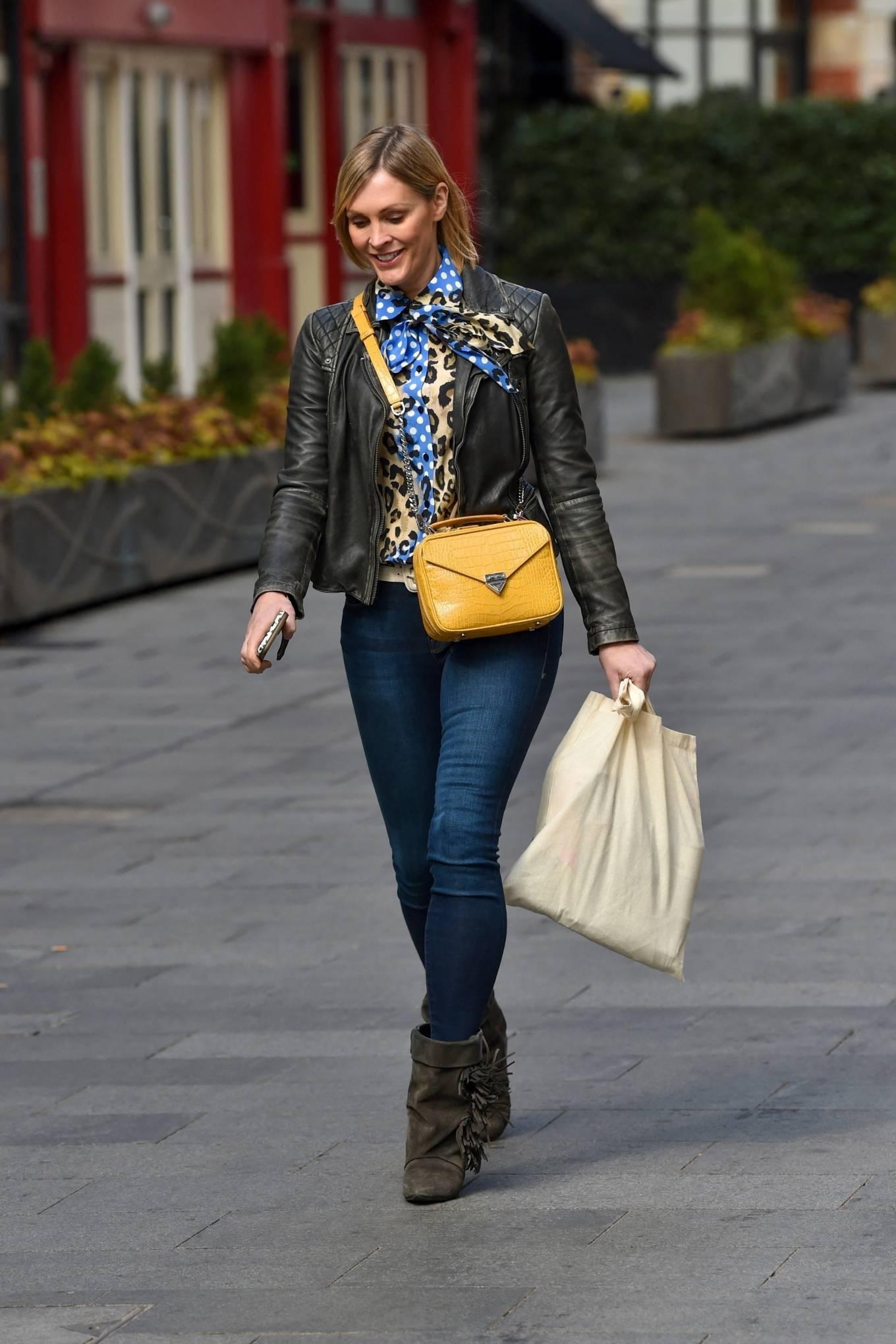 Jenni Falconer 2021 : Jenni Falconer – Pictured leaving the Global studios -04