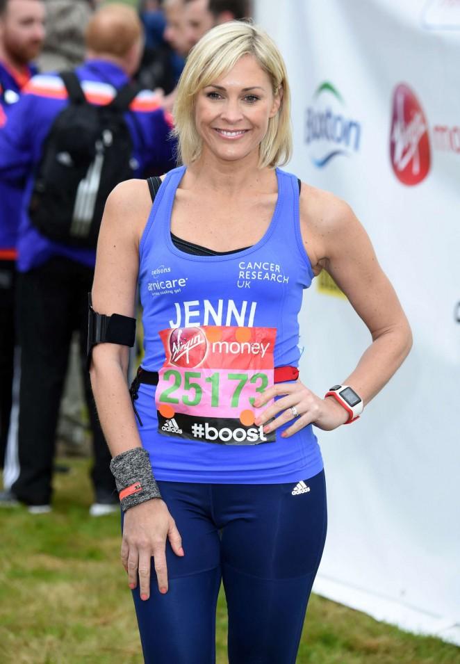 Jenni Falconer in Leggings at Virgin London Marathon 2015