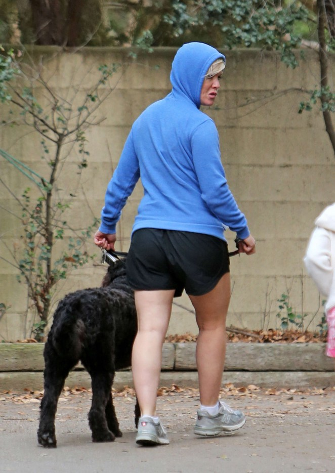 Jennie Garth in Shorts Walking her dog in Los Angels