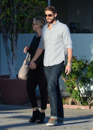 Jennie Garth with fiance David Abrams -02