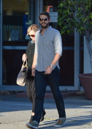 Jennie Garth with fiance David Abrams -04