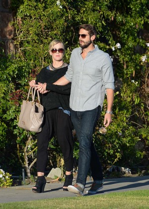 Jennie Garth with fiance David Abrams -06