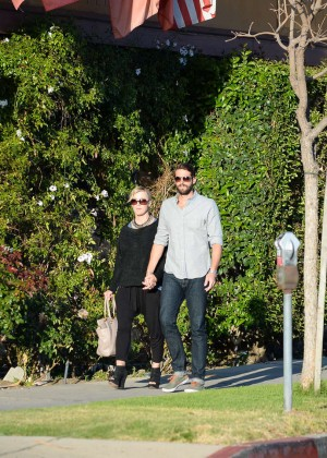 Jennie Garth with fiance David Abrams -10