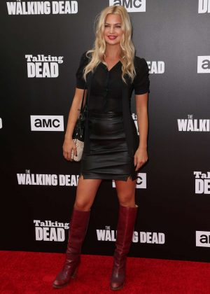 Jennifer Ackerman - 'The Walking Dead' Season 7 Premiere