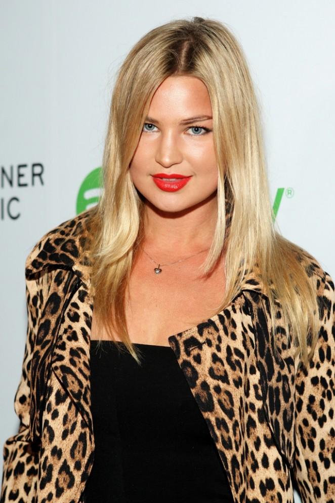Jennifer Ackerman - Warner Music Group Grammy After Party in LA