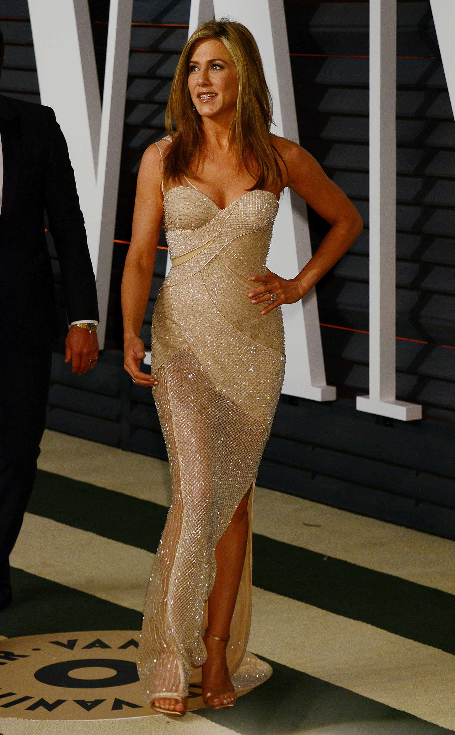 Jennifer Aniston  2015 Vanity Fair Oscar Party -02