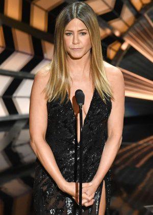 Jennifer Aniston - 2017 Academy Awards in Hollywood