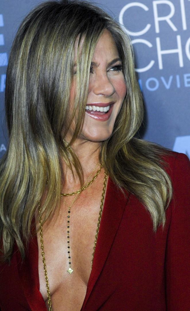 Jennifer Aniston: 2015 Critics Choice Movie Awards -07