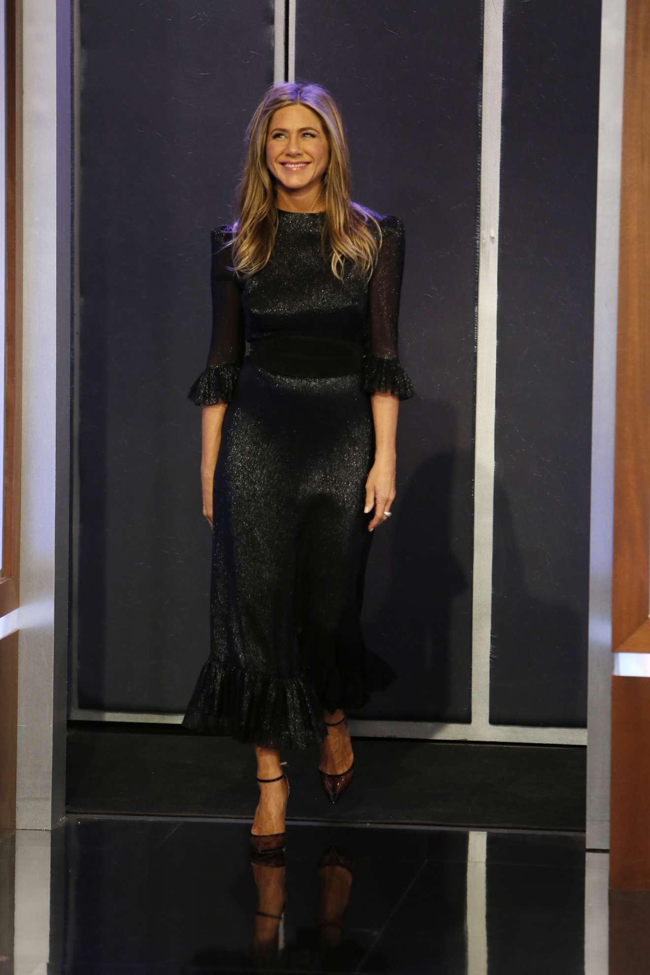 Jennifer Aniston – Apperiance on Jimmy Kimmel Live in Hollywood