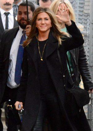 Jennifer Aniston - Arrives at 'Jimmy Kimmel Live' in Los Angeles