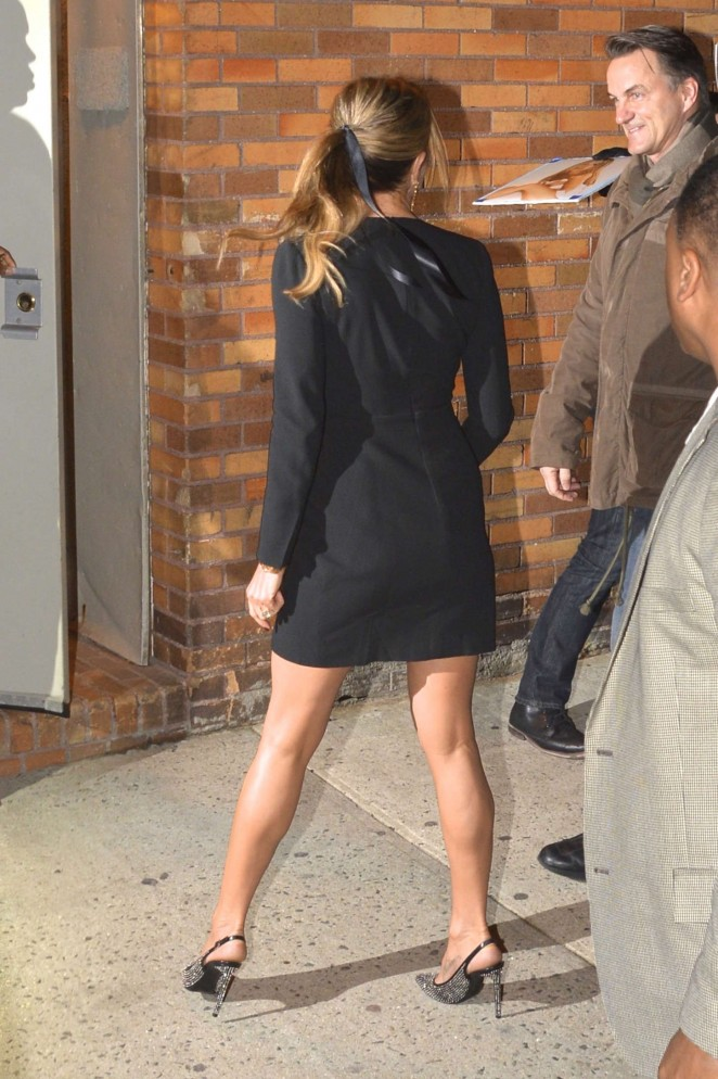 Jennifer Aniston – Arriving at The Daily Show with Jon Stewart -09
